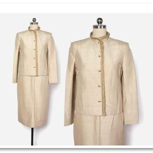 1970s CHANEL oyster silk suit.